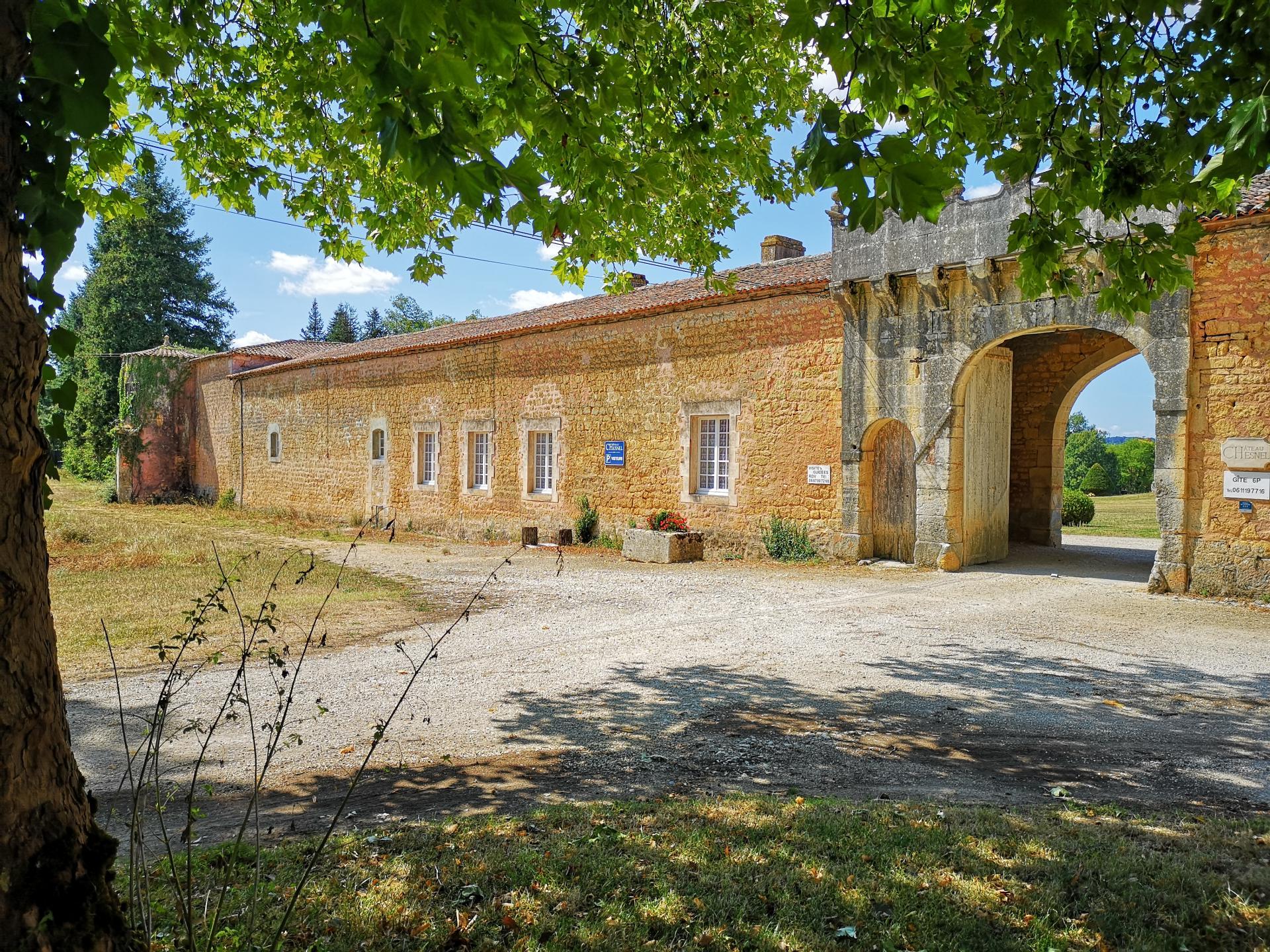 Le gîte des Gardes 2 (façade extérieure)