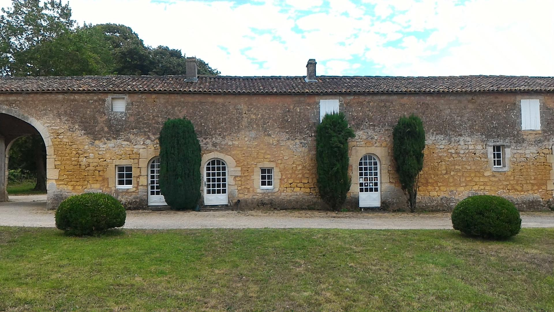 Le gîte des Gardes 2 (façade intérieure)